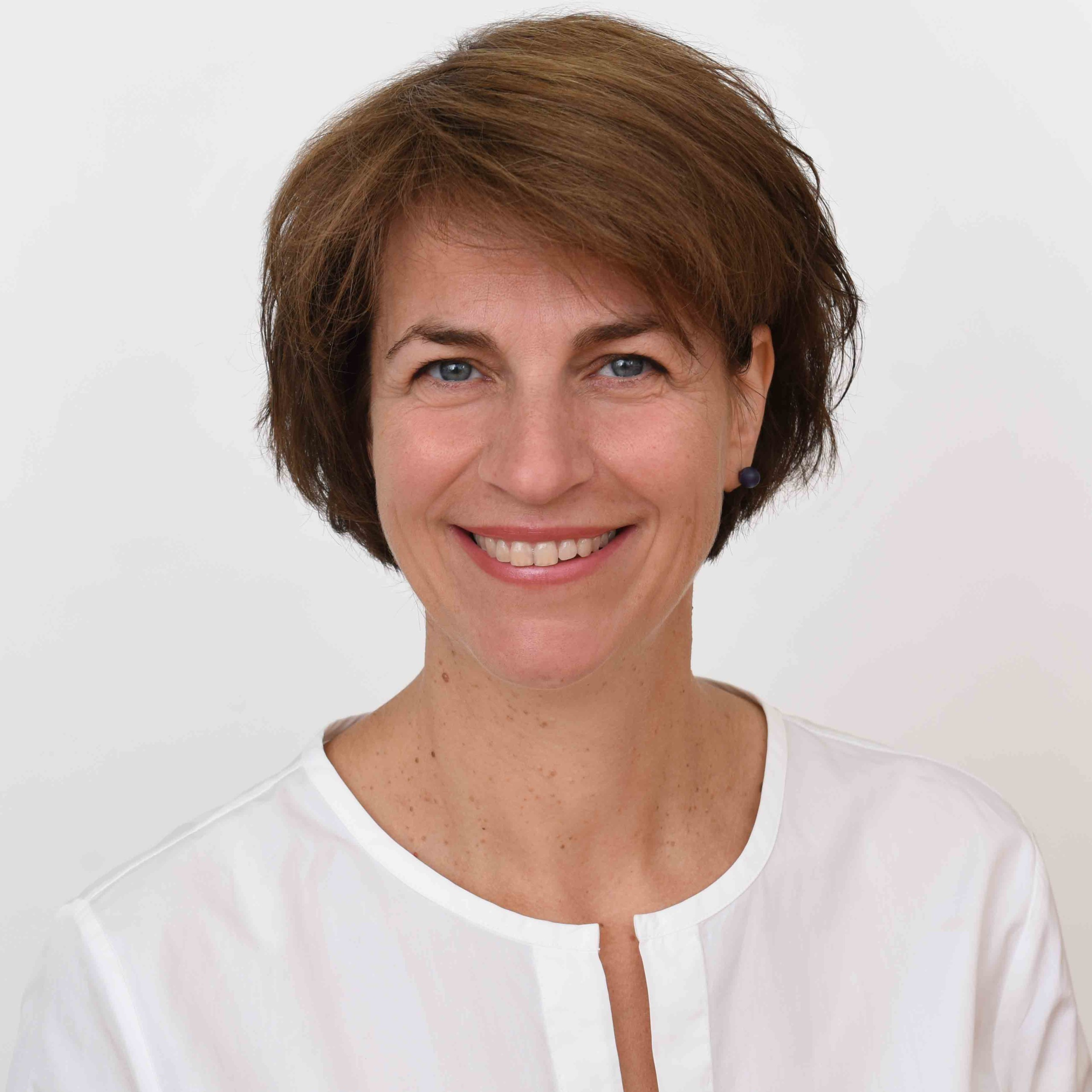 Portraitbild von Frau Dr. Katja Arzt